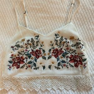 Embroidered floral crop top with lace trim